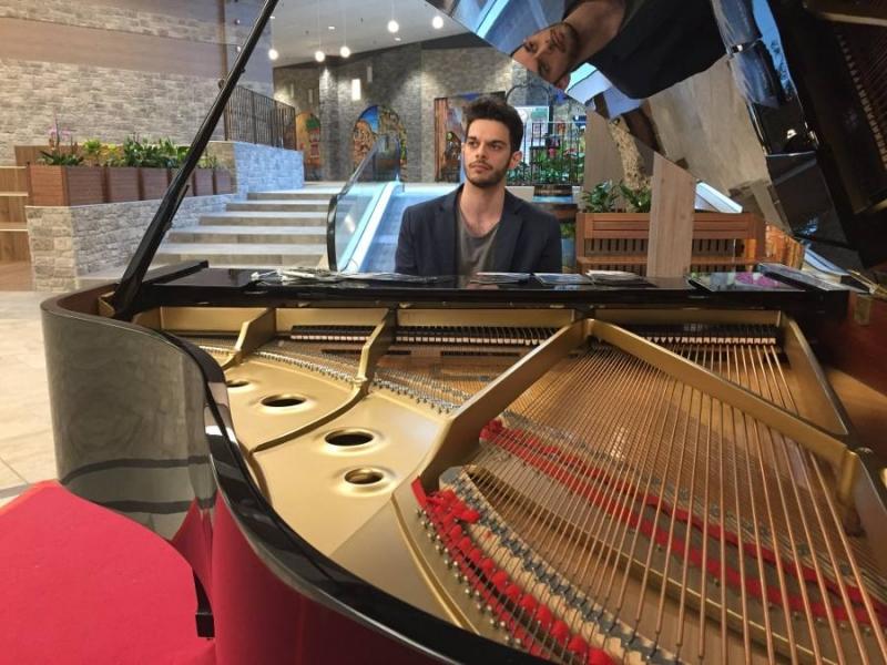 alessandro-melchiorre-pianoforte-centro-commerciale-1