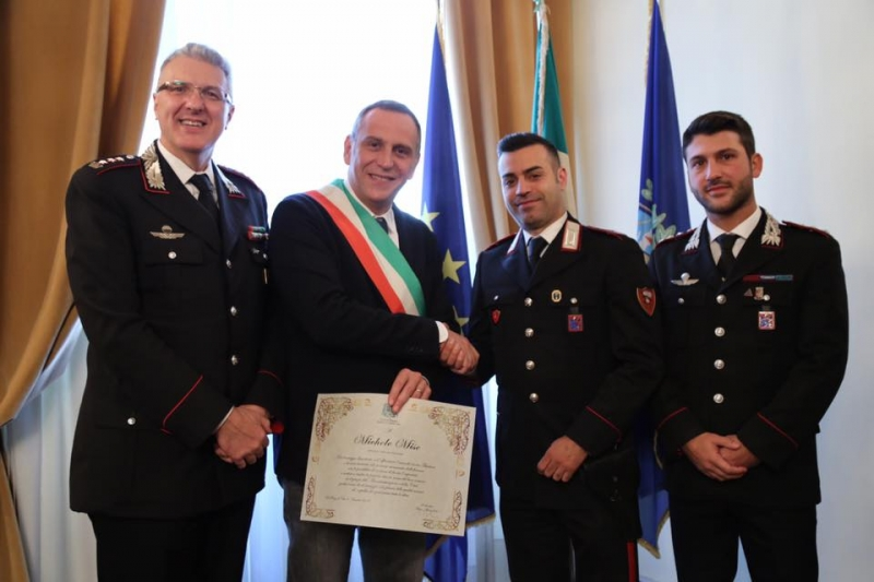 carabinieri-mise-baldassarre-salvataggio-anziano-incendio-1