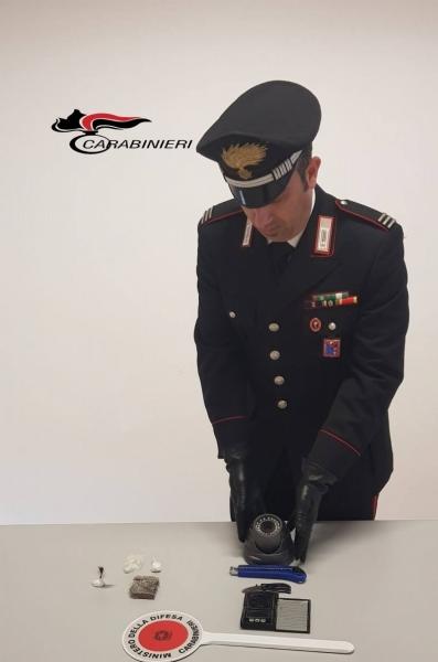 droga-carabinieri-1