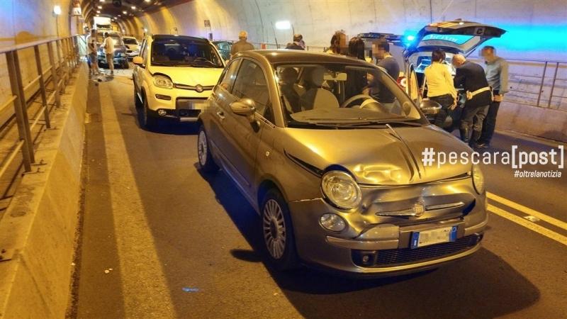 incidente stradale circonvallazione galleria san silvestro 29 maggio (1)