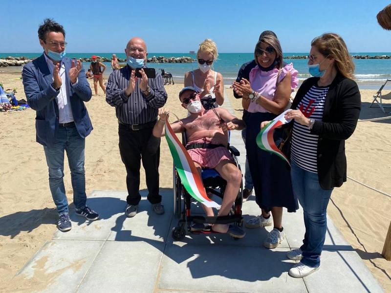 passerella-disabili-spiaggia-libera-1