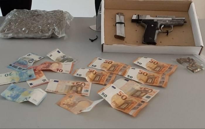 pistola-soldi-droga-1