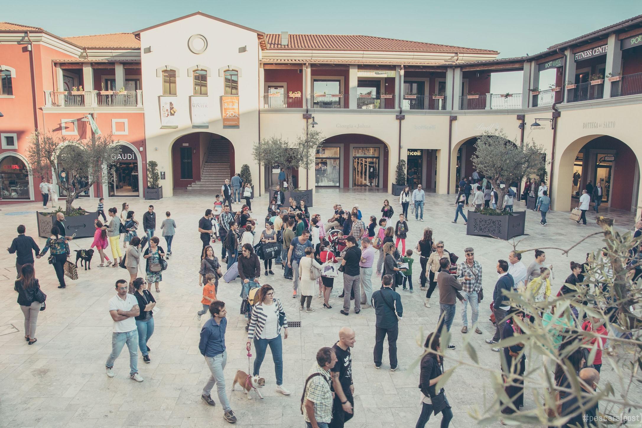 Citt sant 39 angelo village dal 25 al 27 settembre for Citta design outlet