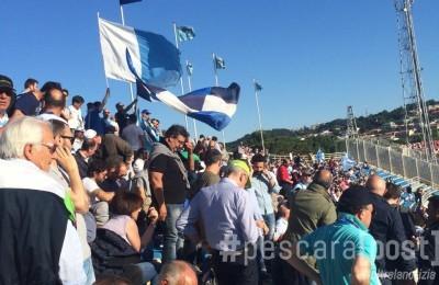 distinti stadio adriatico tifosi pescara