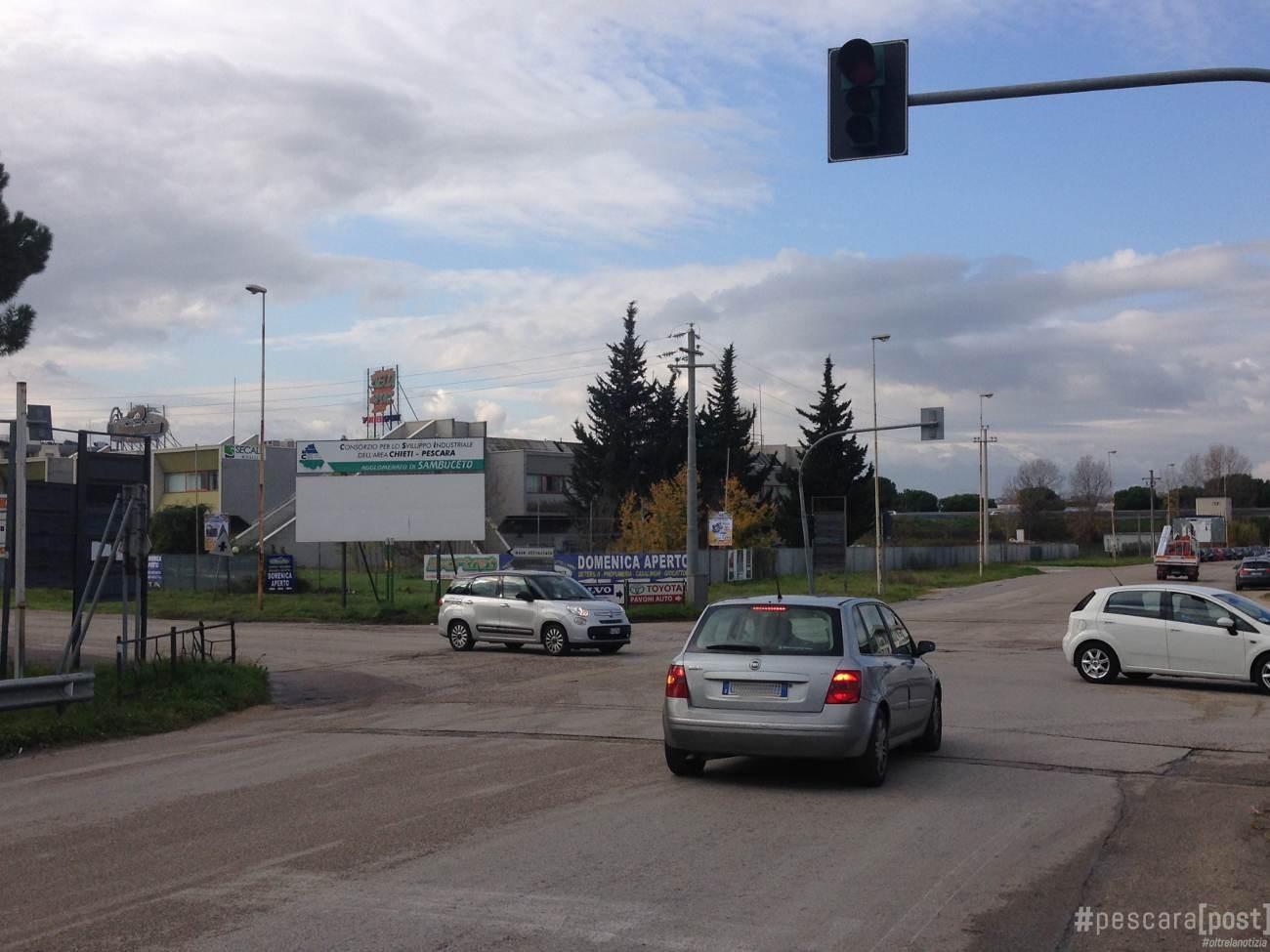 Sambuceto semafori e limiti di velocit emergenza for Magri arreda san giovanni teatino