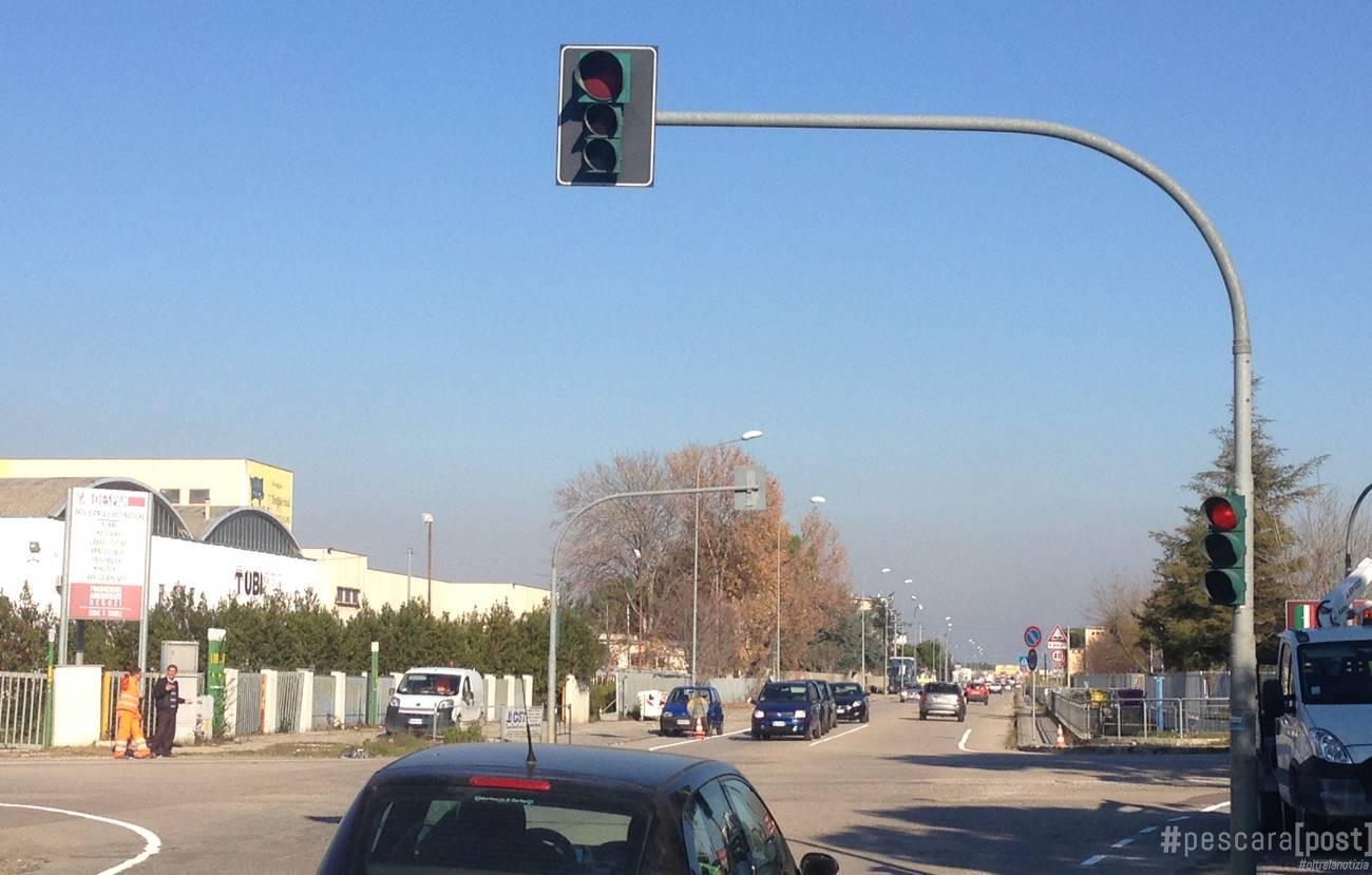 San giovanni teatino scattano le multe ai semafori di via for Magri arreda san giovanni teatino