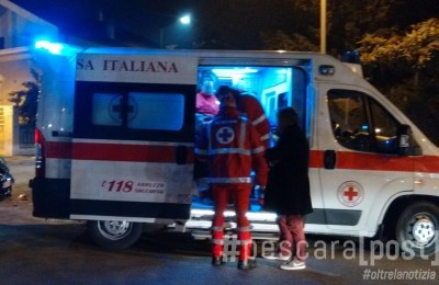 ambulanza notte croce rossa