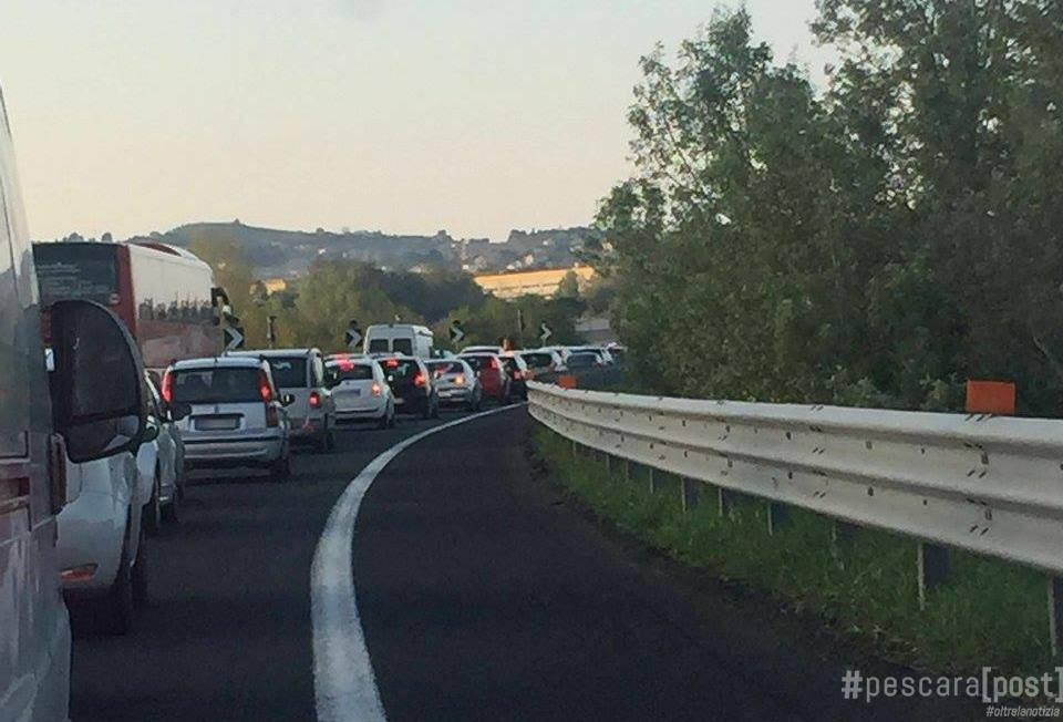 Incidente autostrada a14 coda di 6 chilometri situazione for Traffico autostrade in tempo reale