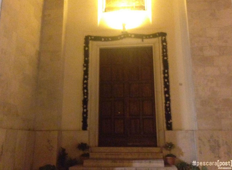 Chiusura della porta santa a san cetteo foto pescarapost - Immagini porta santa ...