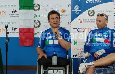alex zanardi e nazionale ciclismo paralimpico francavilla al mare 30 marzo (36)