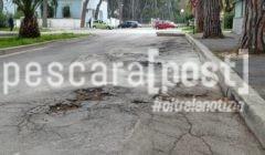 strade marciapiedi dissestati pineta