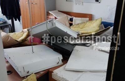 controsoffitto crollato uffici aeroporto pescara 2