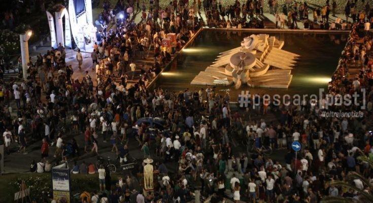 the best attitude f7fd9 b8f62 Notte Bianca 2017 a Pescara, le immagini dell'evento del 22 ...