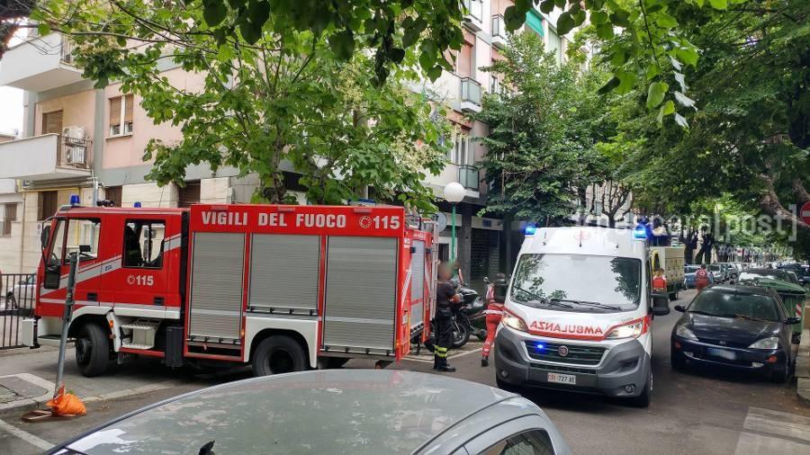 Cake Design Via De Amicis Milano : Via De Amicis, minaccia di farsi esplodere con bombole del ...