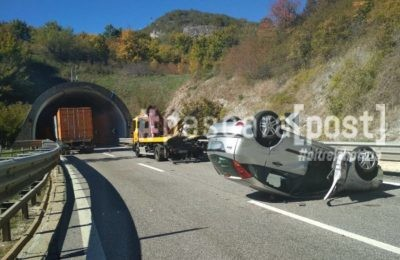incidente a24 ribaltata