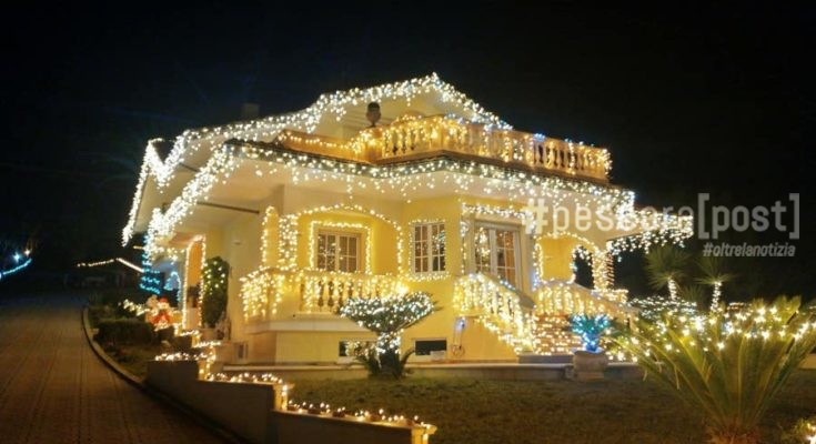 Casa Lido Riccio Ortona Lo Spettacolo Delle Luci Di Natale Sulla