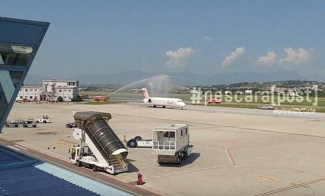 Pescara Camera Live : Nuovo volo pescara catania volotea: ecco le immagini [foto video